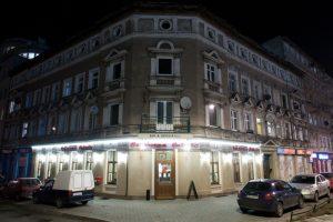 Restauracja Czerwona Cebula - wejście